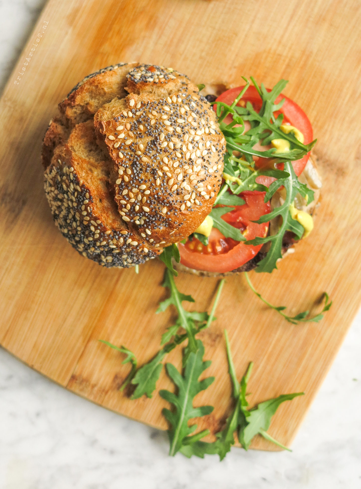 VEGAN FRIDAY ROCKET BURGER